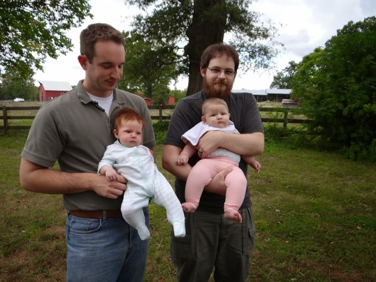 humeandrobwithbabies