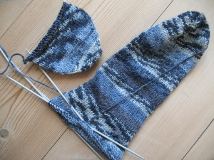 Blue_socks,_knitting_in_progress