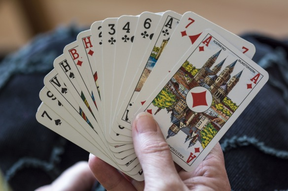 playing-cards-1252374_1920