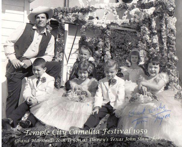 The 1959 royal court on the parade float.